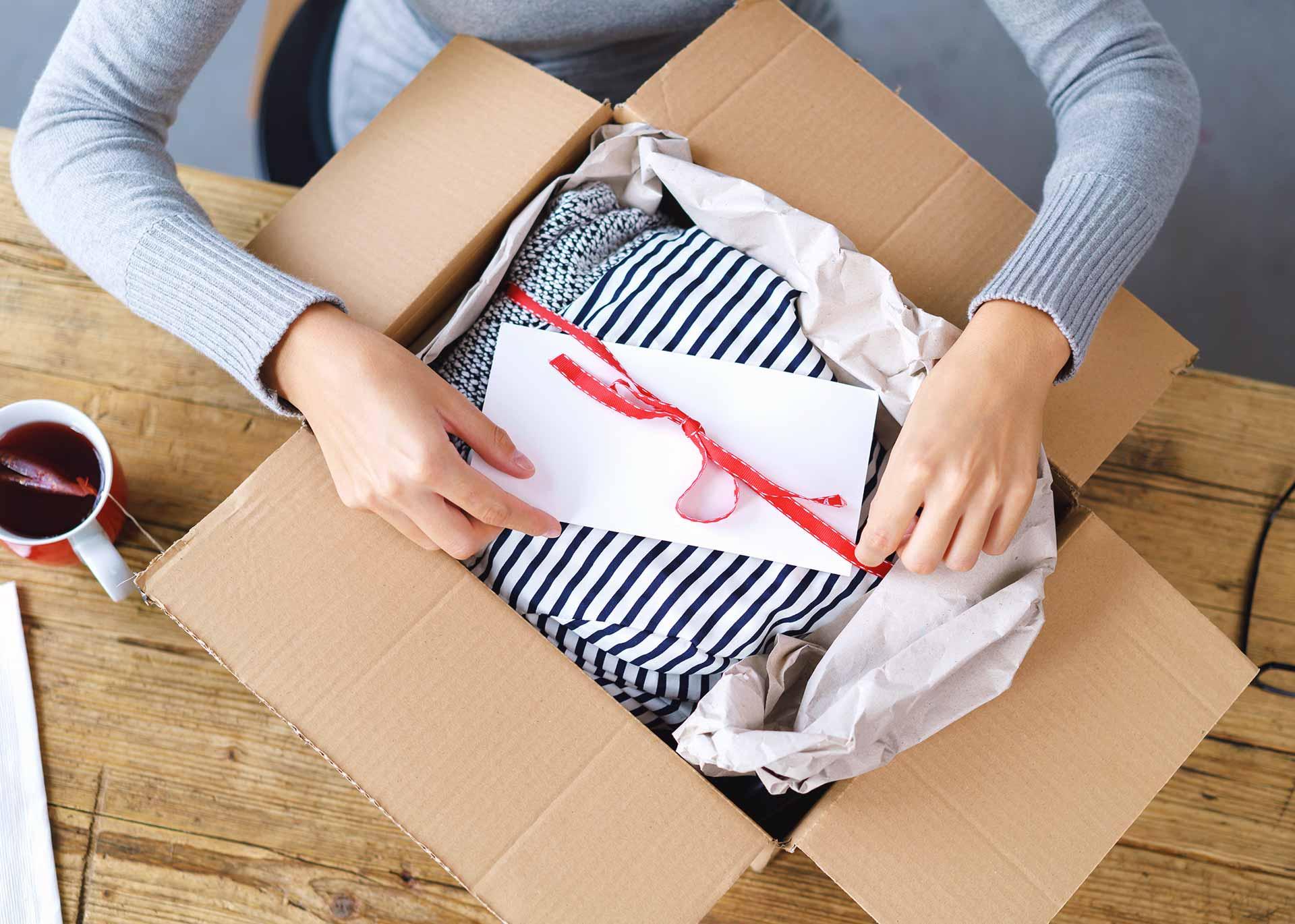 Jak Zwrocic Zakupy Online Do Sklepu Internetowego Blog Furgonetka Pl Informacje Ze Swiata Przesylek Logistyki I E Commerce