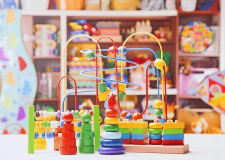 Jak wysłać zabawki kurierem?