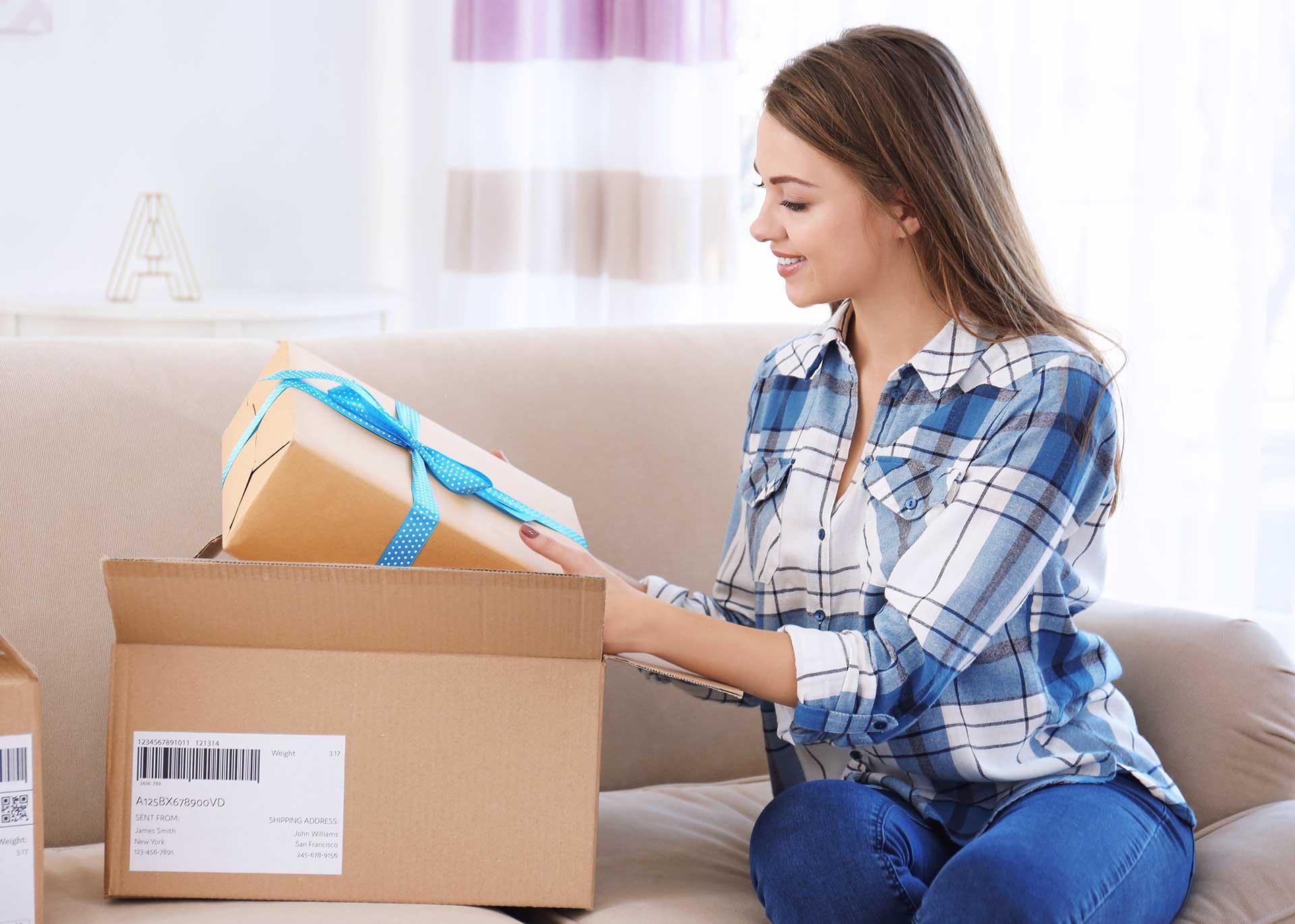 Jak tanio wysłać paczkę do rodziny za granicą?