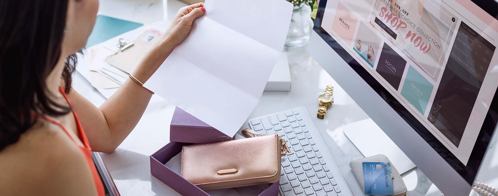 Jak zwrócić towar do sklepu internetowego za granicą?